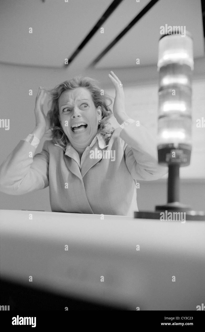 Lavoratore a collare bianco e nero business donna licenza gratuita ad eccezione di annunci e cartelloni per esterni Immagini Stock