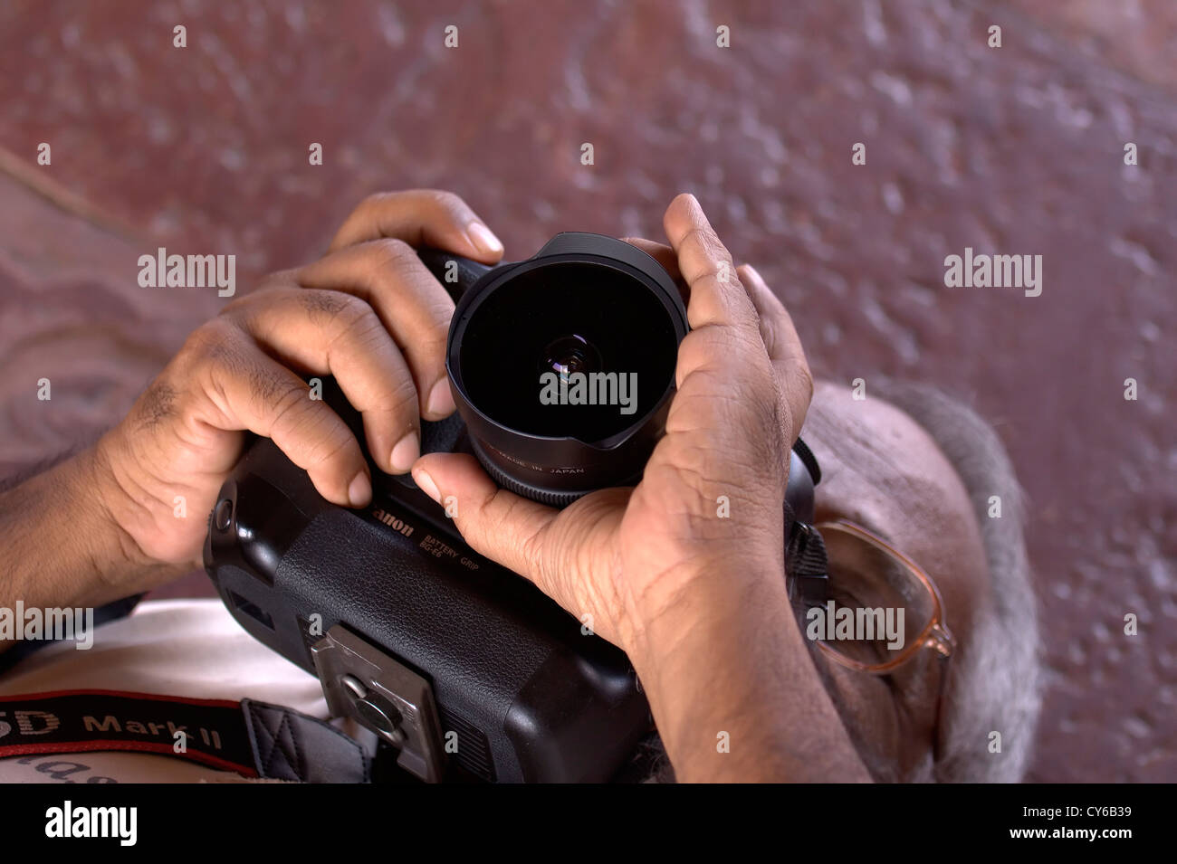 Telecamera, obiettivo riprese, tiro, fotografo, Photo Shoot, temi fotografici, reportage, avventura.Photo Shoot,hobby.dilettanti Immagini Stock