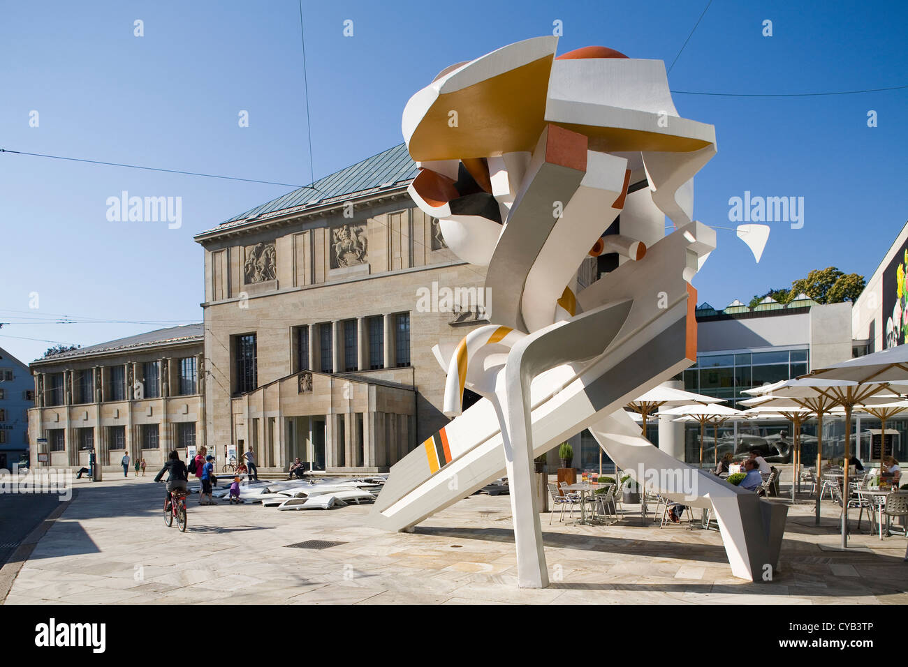 L'Europa, la Svizzera, Zurigo, Kunsthaus, museo d'arte, fanfare, scultura da Robert muller e Walter berchtler Immagini Stock