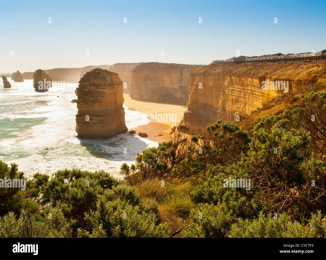 Dodici Apostoli, famoso punto di riferimento lungo la Great Ocean Road, Australia Immagini Stock