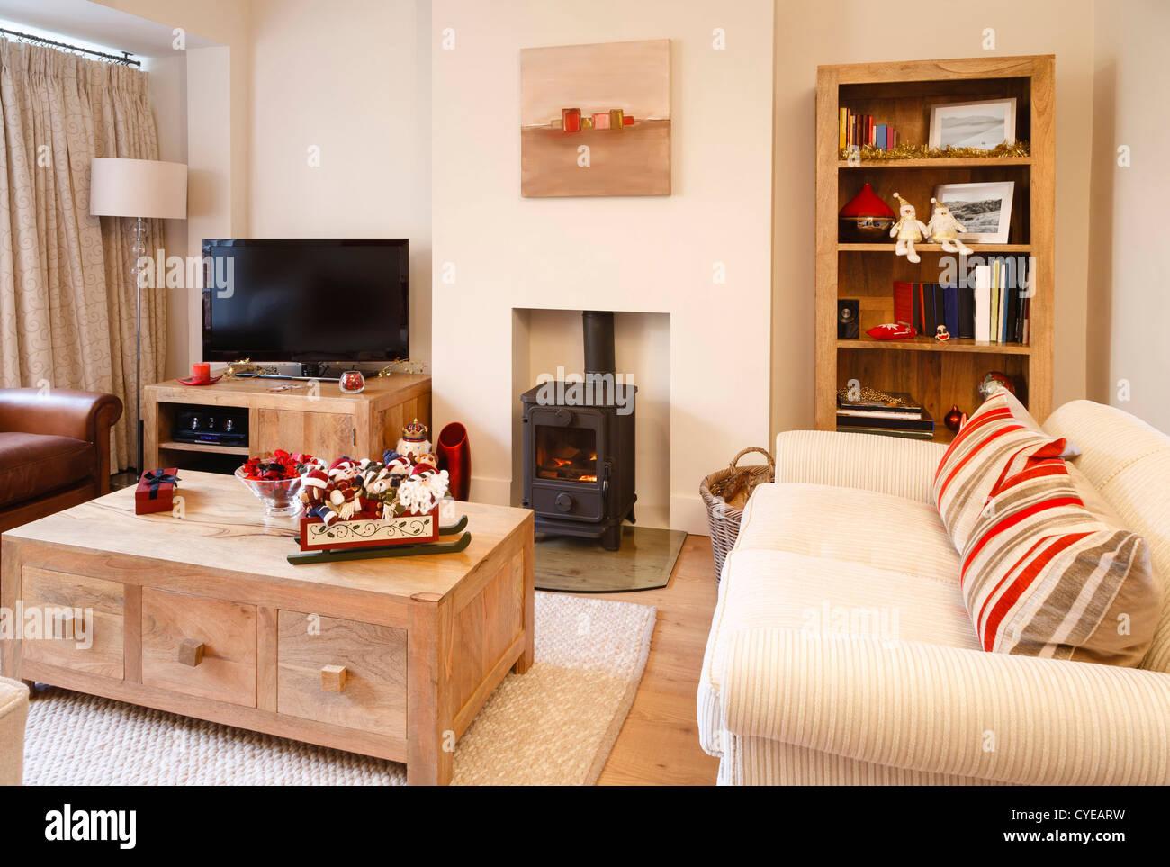 Design interno contemporaneo soggiorno con decorazioni di ...