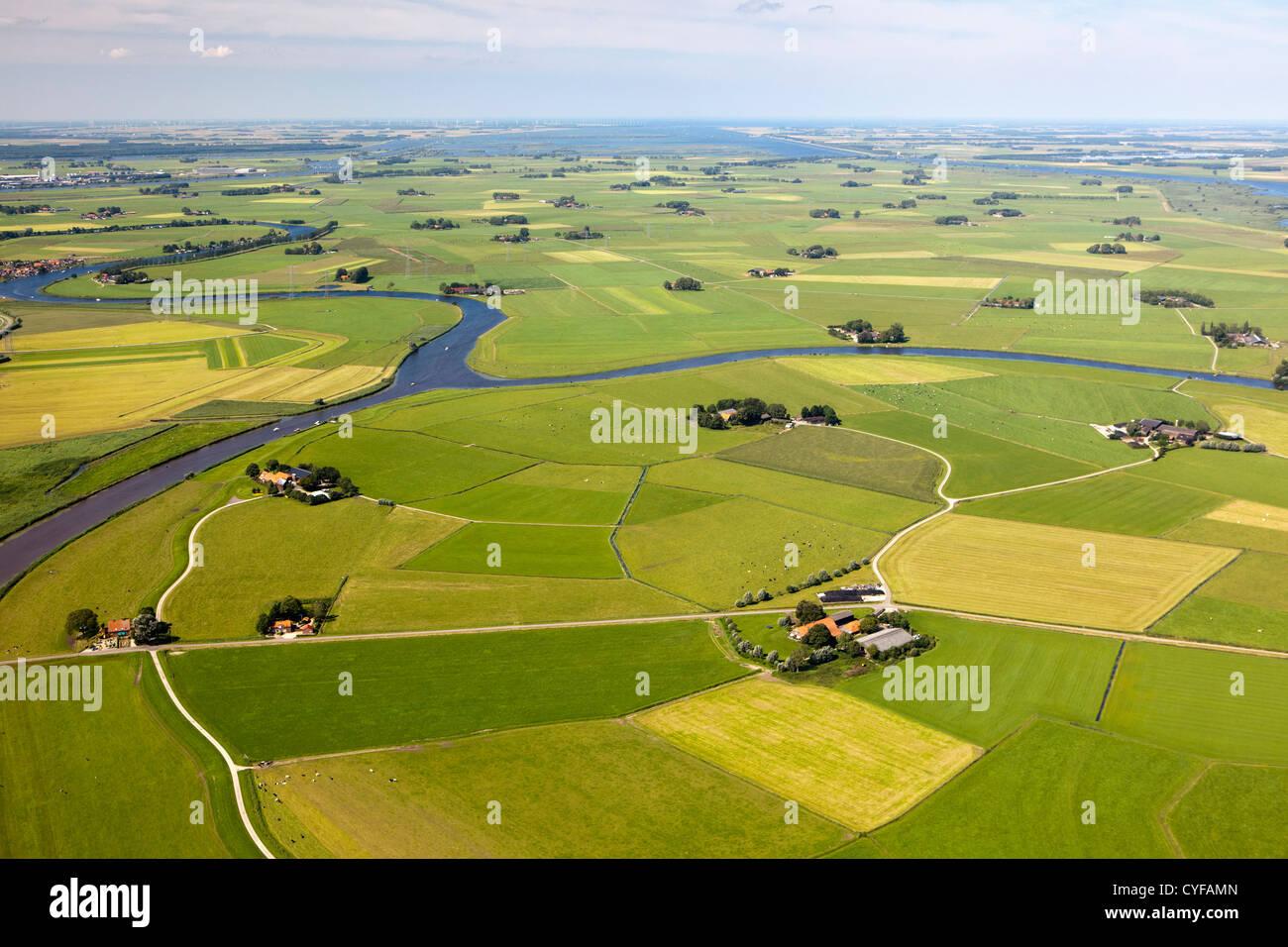 I Paesi Bassi, Ijsselmuiden, aziende agricole e terreni agricoli. Antenna. Immagini Stock