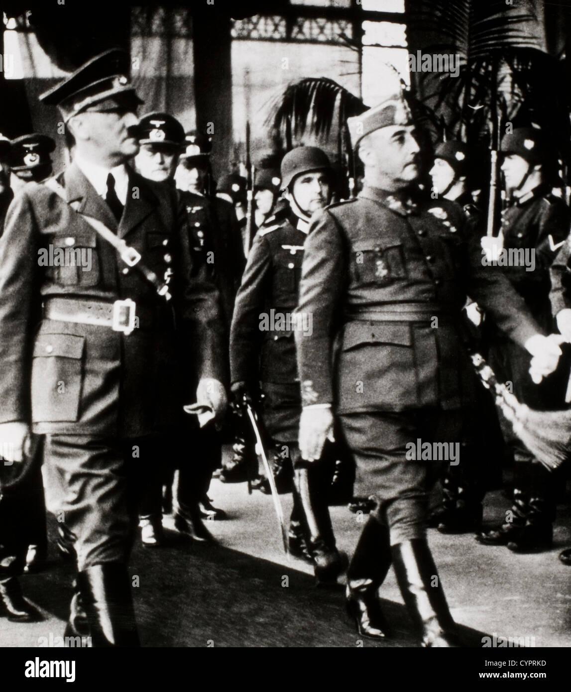 Adolf Hitler e Francisco Franco osservando le truppe, Hendaye, Francia, ottobre 23, 1940 Immagini Stock