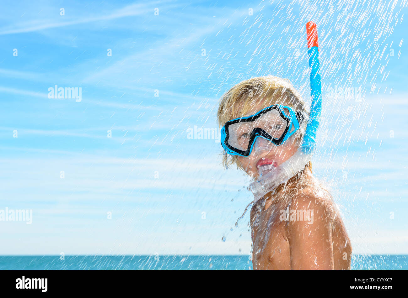 Diving mask immagini diving mask fotos stock alamy - Immagini di dive ...
