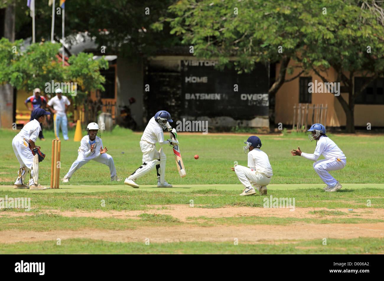 Sri Lanka partita fare sito Celeb guardare simili sito di incontri