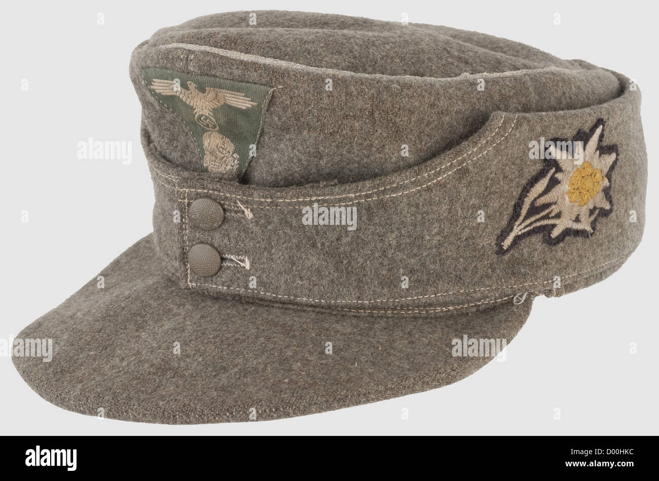 Peaked Hats Immagini   Peaked Hats Fotos Stock - Alamy 2be52a6a81b8