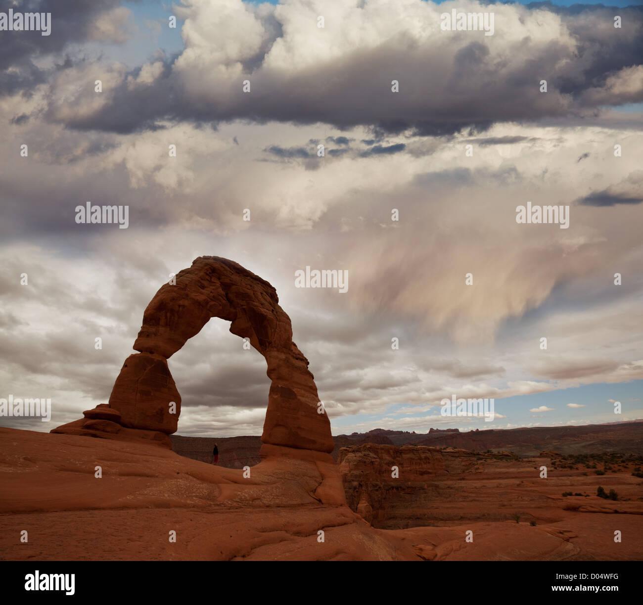 Delicate Arch durante tempo piovoso Immagini Stock