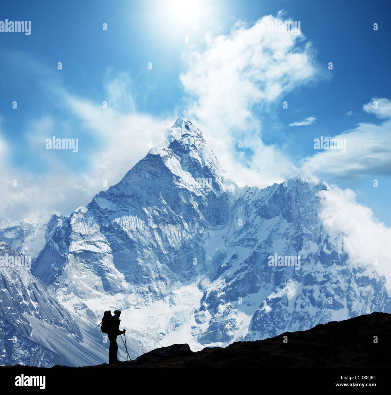 Scalatore in montagna himalayana Immagini Stock
