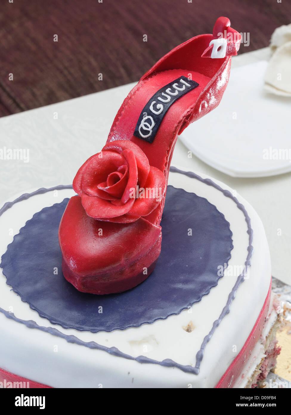 Torta scarpa tacco alto dolce gucci