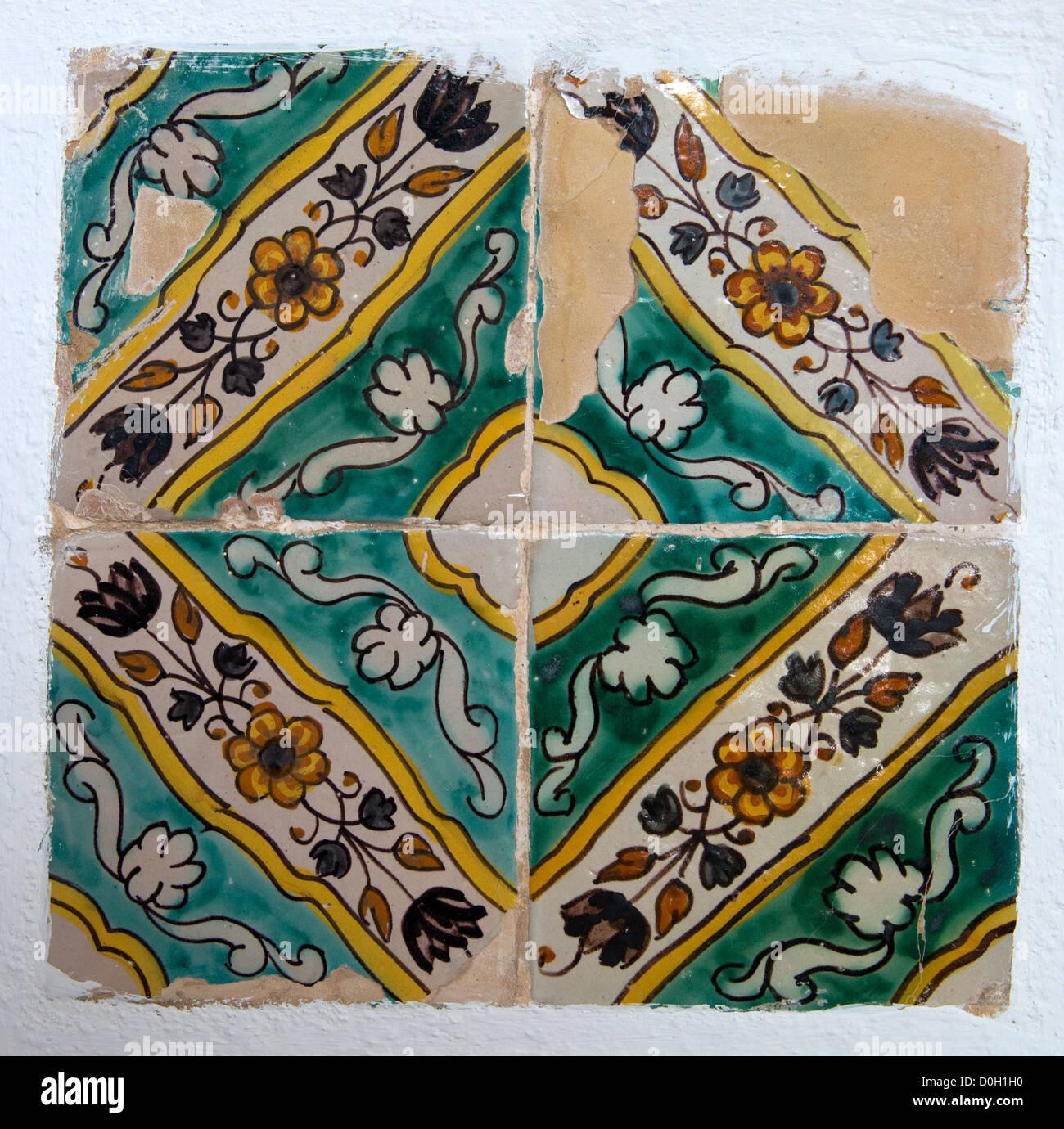 Vecchie piastrelle Spagnolo -2 Immagini Stock
