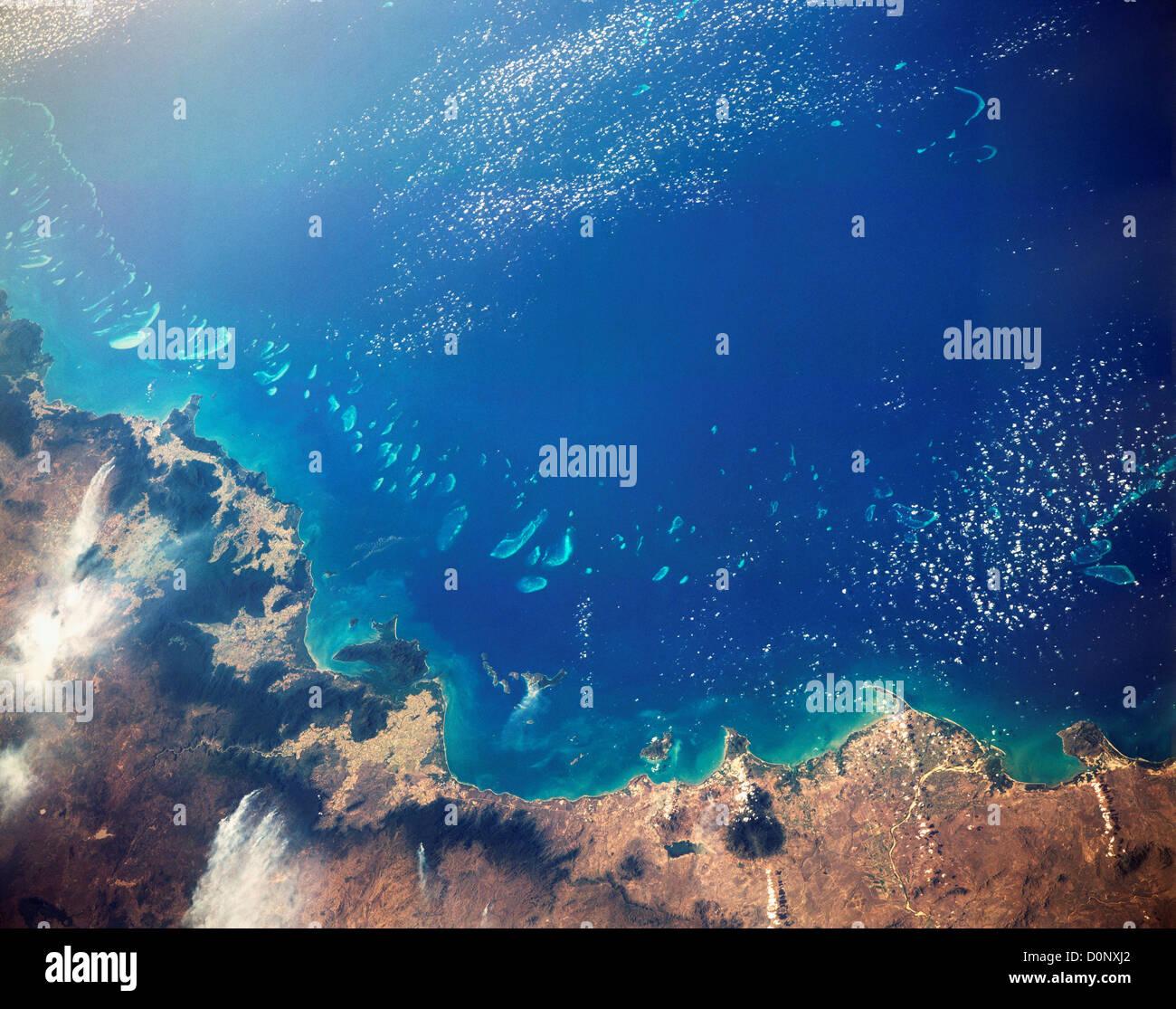 Una vista dallo spazio della Grande Barriera Corallina Foto Stock