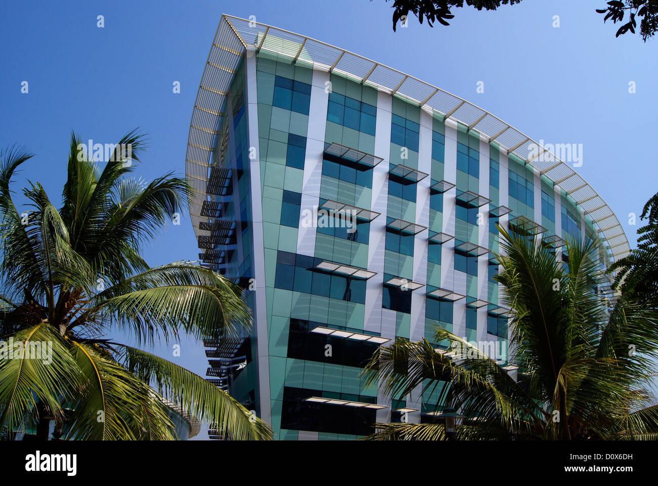 Infosys esso edificio del campus in Trivandrum a Kerala India sulla nave a forma di struttura di costruzione Immagini Stock