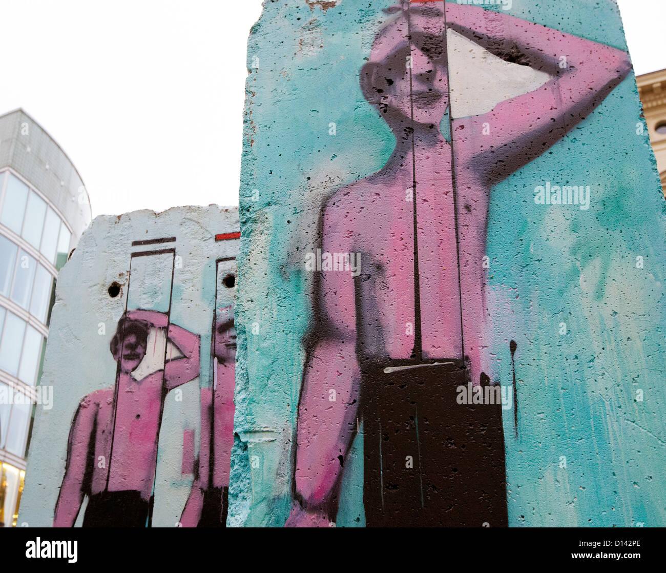 Graffiti sul muro di Berlino Berlino Germania Immagini Stock