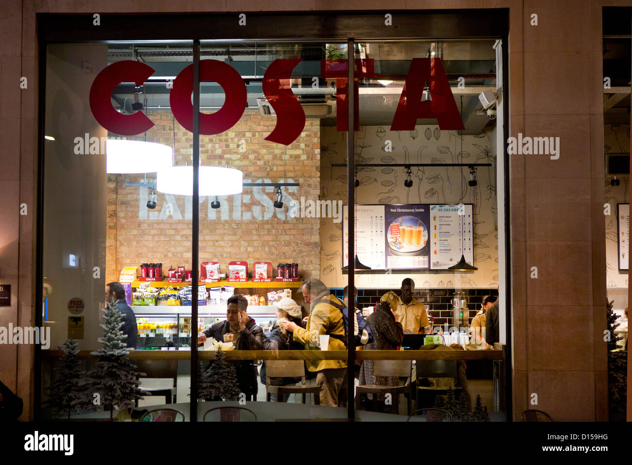 Una Costa Coffee shop a Londra. Immagini Stock