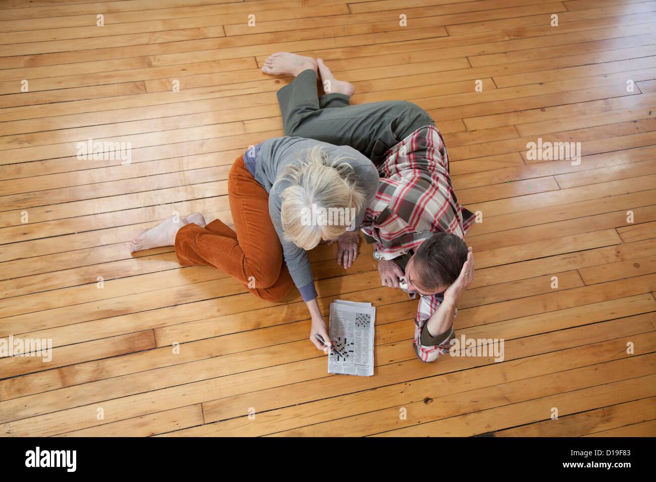 Parete Di Legno Cruciverba : Pavimento listelli di legno cruciverba pavimenti in laminato