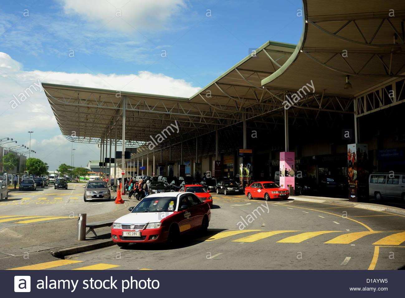 Kuala Lumpur LCCT Malaysia i vettori low cost terminal presso l'aeroporto. Immagini Stock