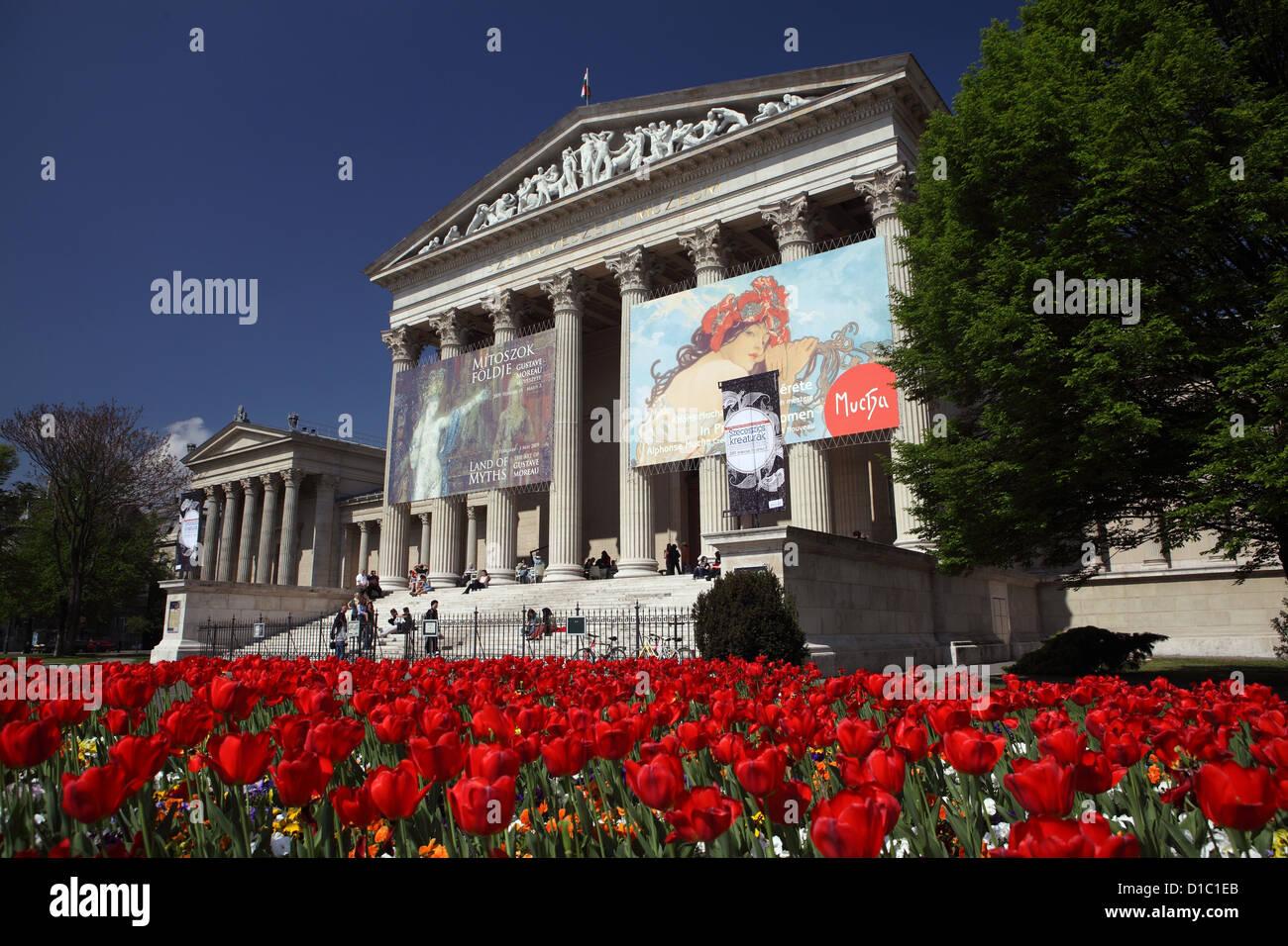 Budapest, Museo delle Belle Arti a Piazza degli Eroi Immagini Stock