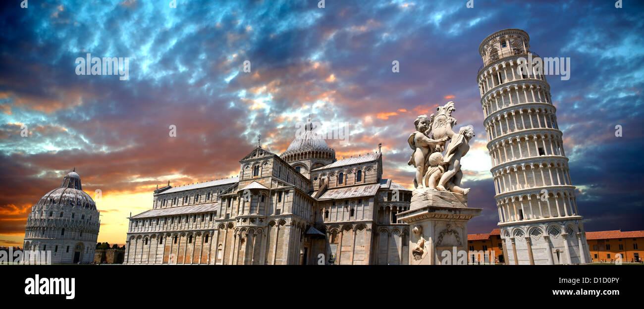 Panorama del Duomo e la Torre Pendente di Pisa al tramonto, Italia Immagini Stock