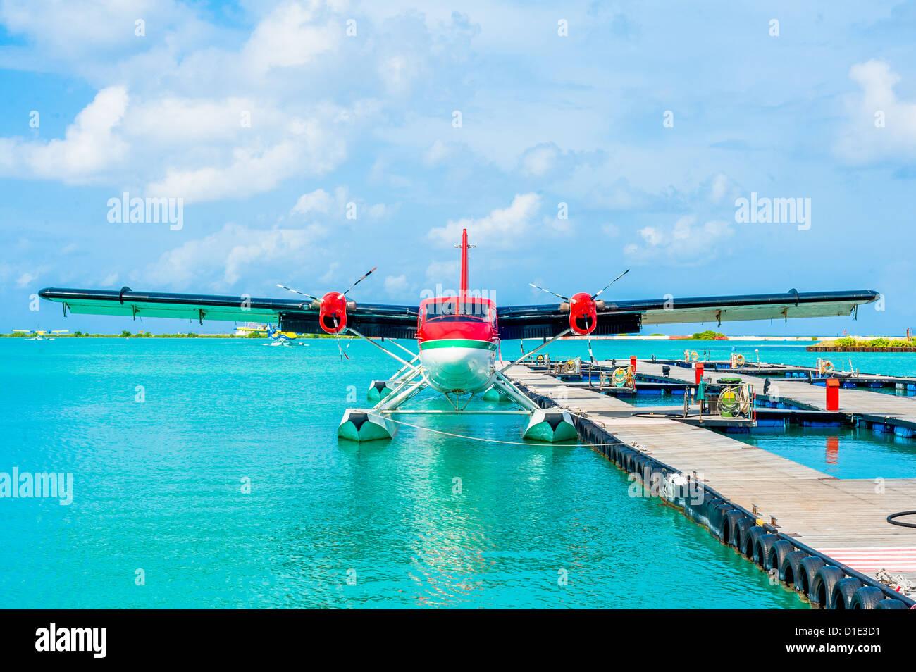 Aeroporto Male Maldive : Idrovolante all aeroporto di male maldives foto immagine stock