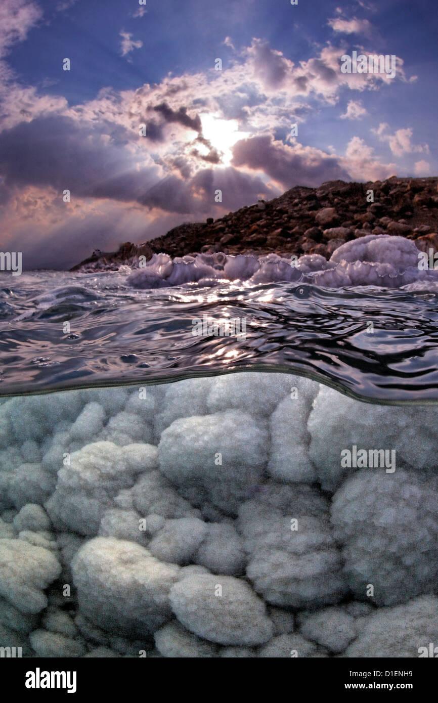 Sale formazioni di cristallo nel Mar Morto, Israele Immagini Stock
