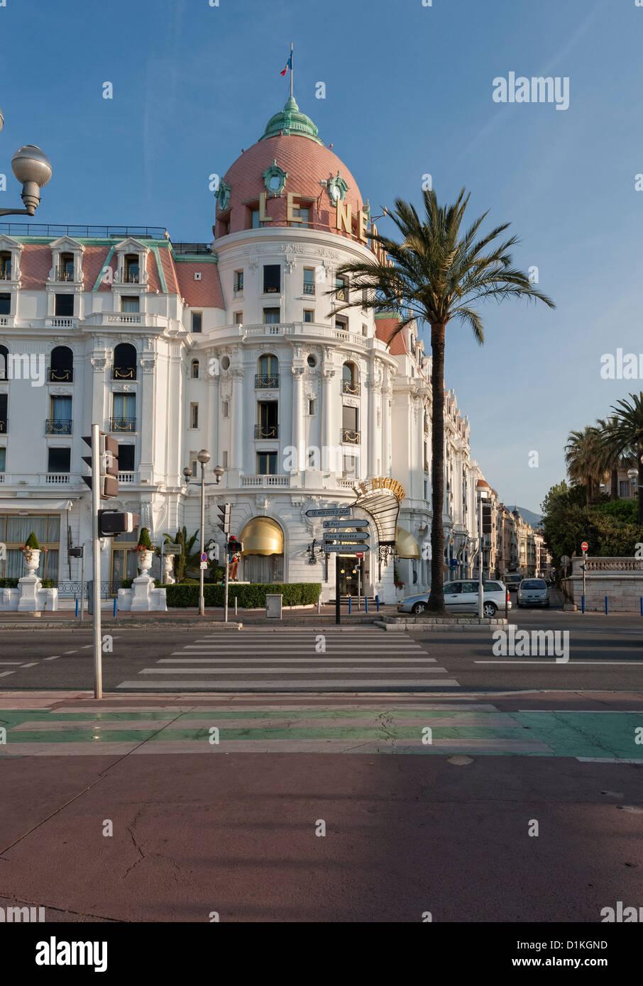 Le Negresco Hotel Promenade Des Anglais Immagini Stock