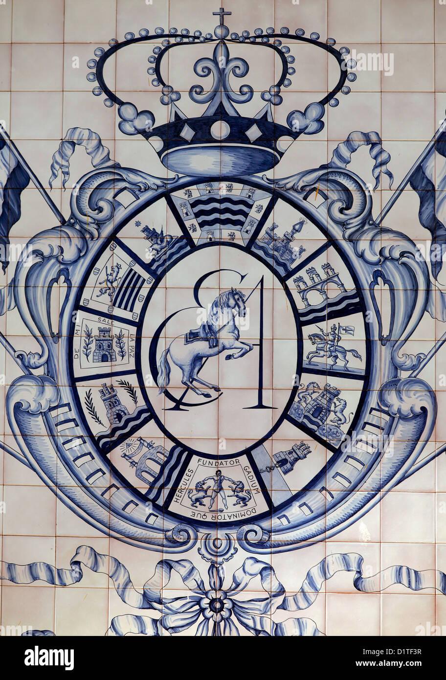 Jerez de la Frontera, Spagna, stemma del reale andalusa di equitazione Scuola d'arte Immagini Stock