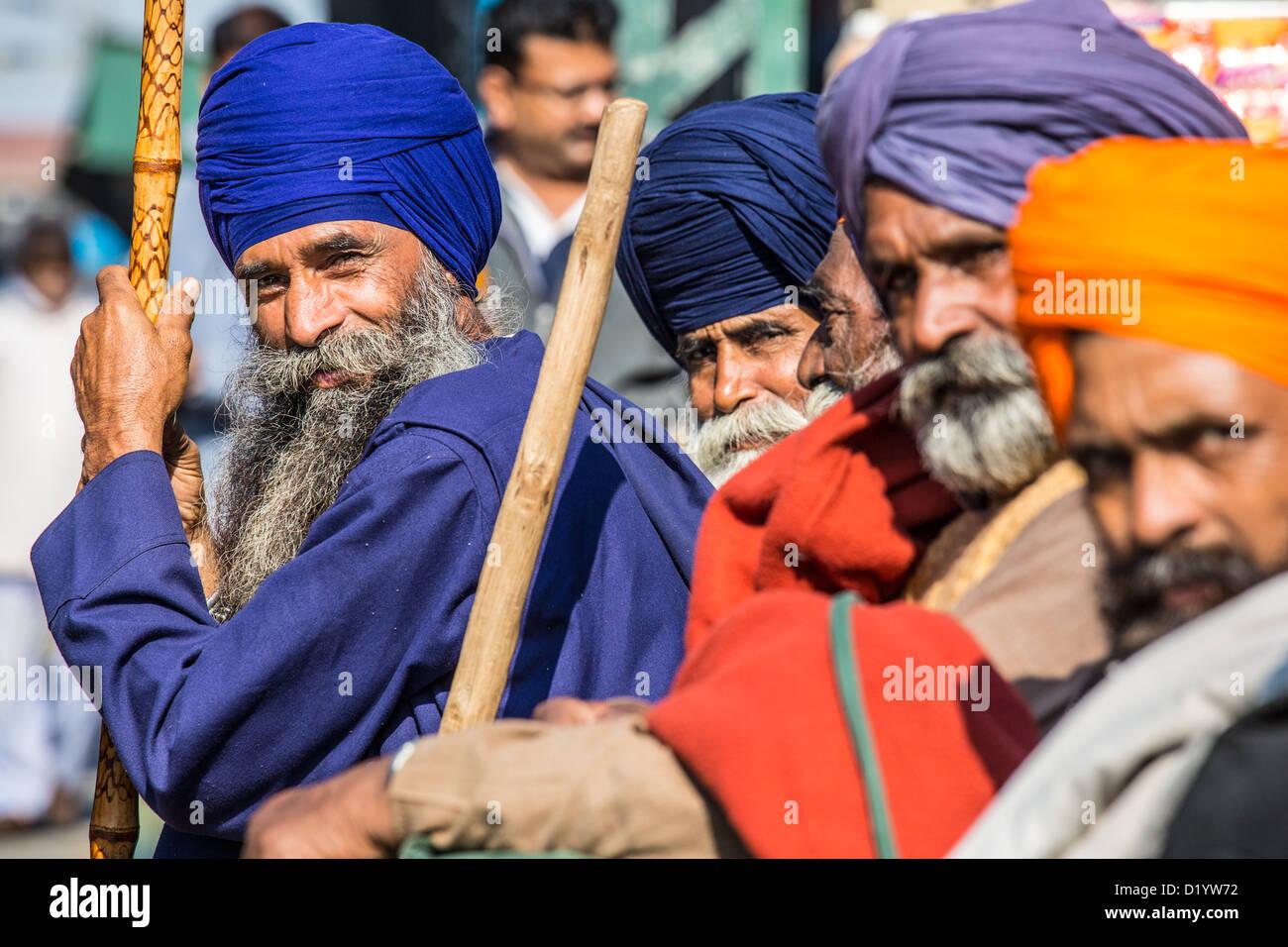 Gli uomini di religione sikh di Delhi, India Immagini Stock