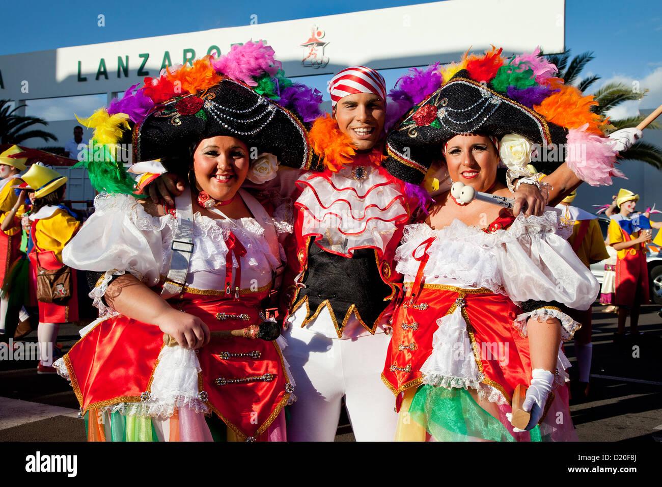 Travestito persone alla sfilata di carnevale, Arrecife, Lanzarote, Isole Canarie, Spagna, Europa Immagini Stock