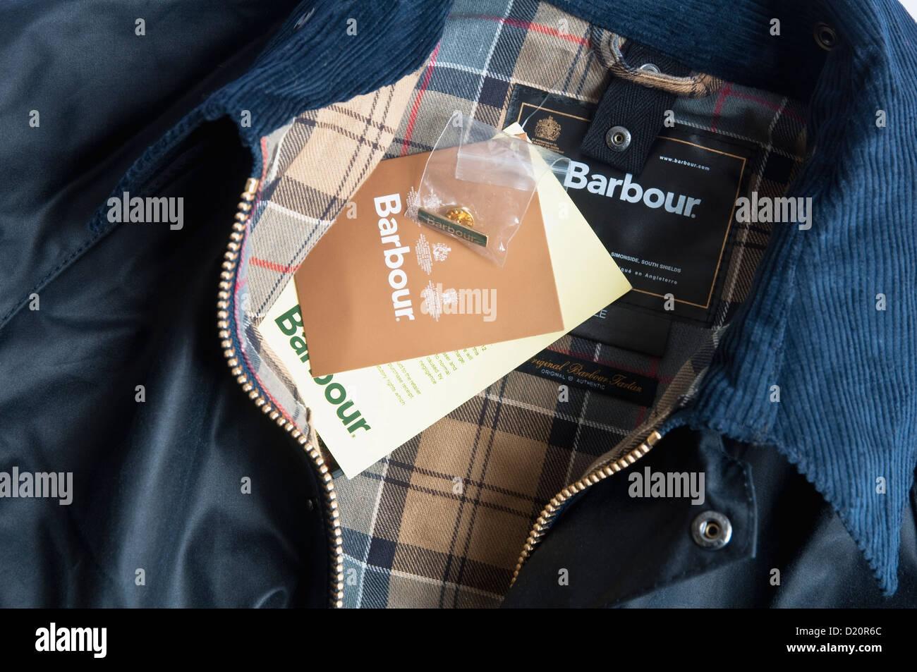 Barbour giacca   Cappotto - navy e nuovo con etichette e badge. Regno Unito  Immagini 8c16daa9068d
