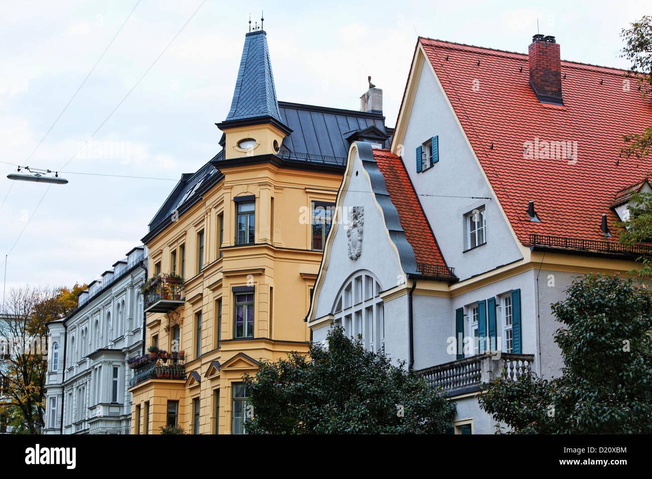 Storico case residenziali in Giselastrasse, Schwabing Monaco di Baviera, Baviera, Baviera, Germania, Europa Immagini Stock