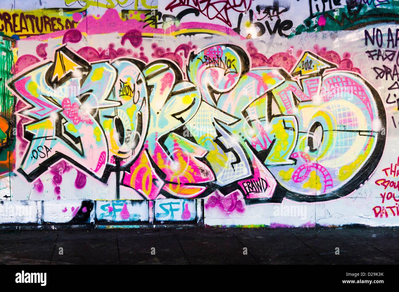 Graffiti su un muro, REGNO UNITO Immagini Stock