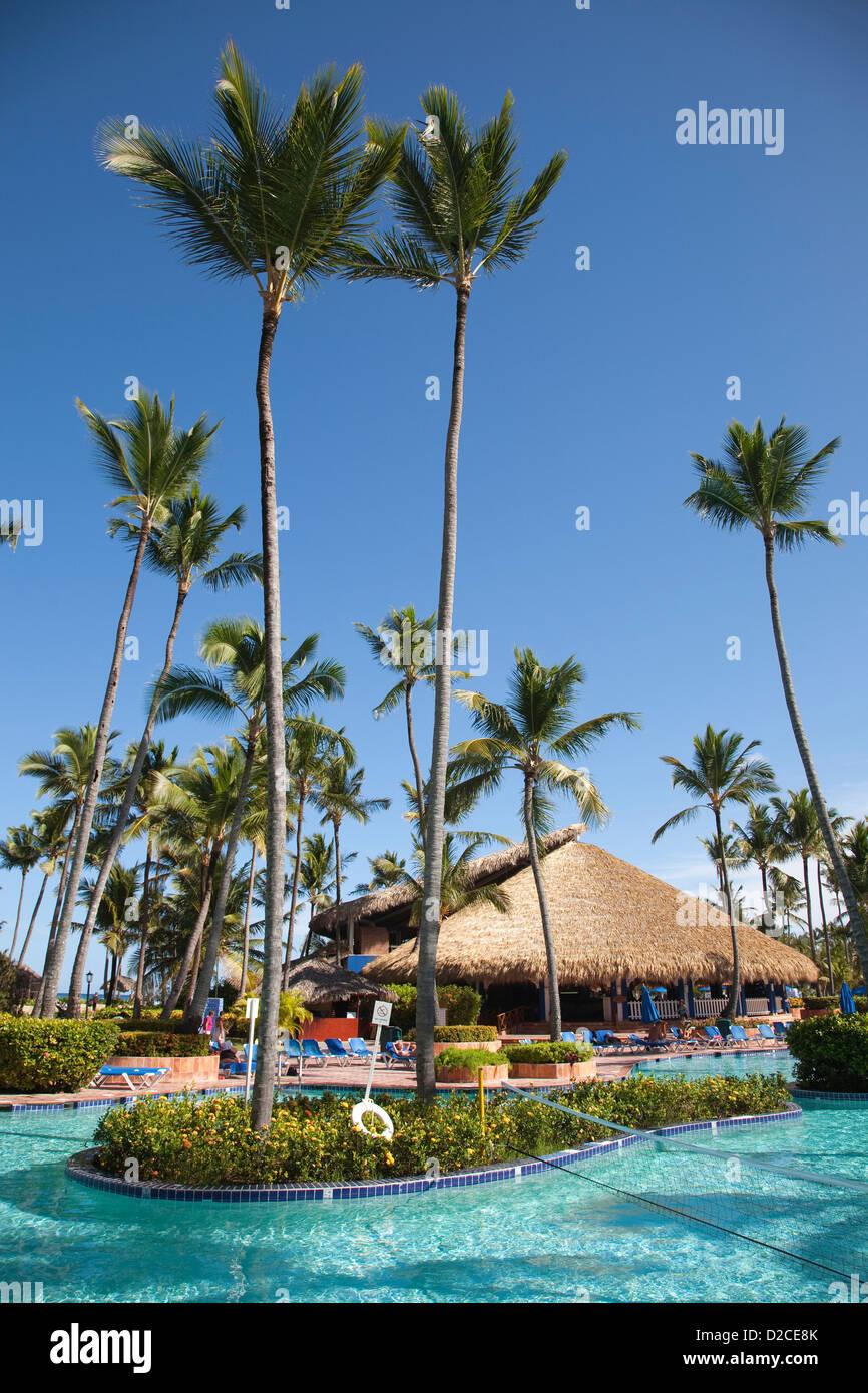 America, il mar dei Caraibi, isola Hispaniola, Repubblica dominicana, punta cana hotel barcelo punta cana, piscina Immagini Stock