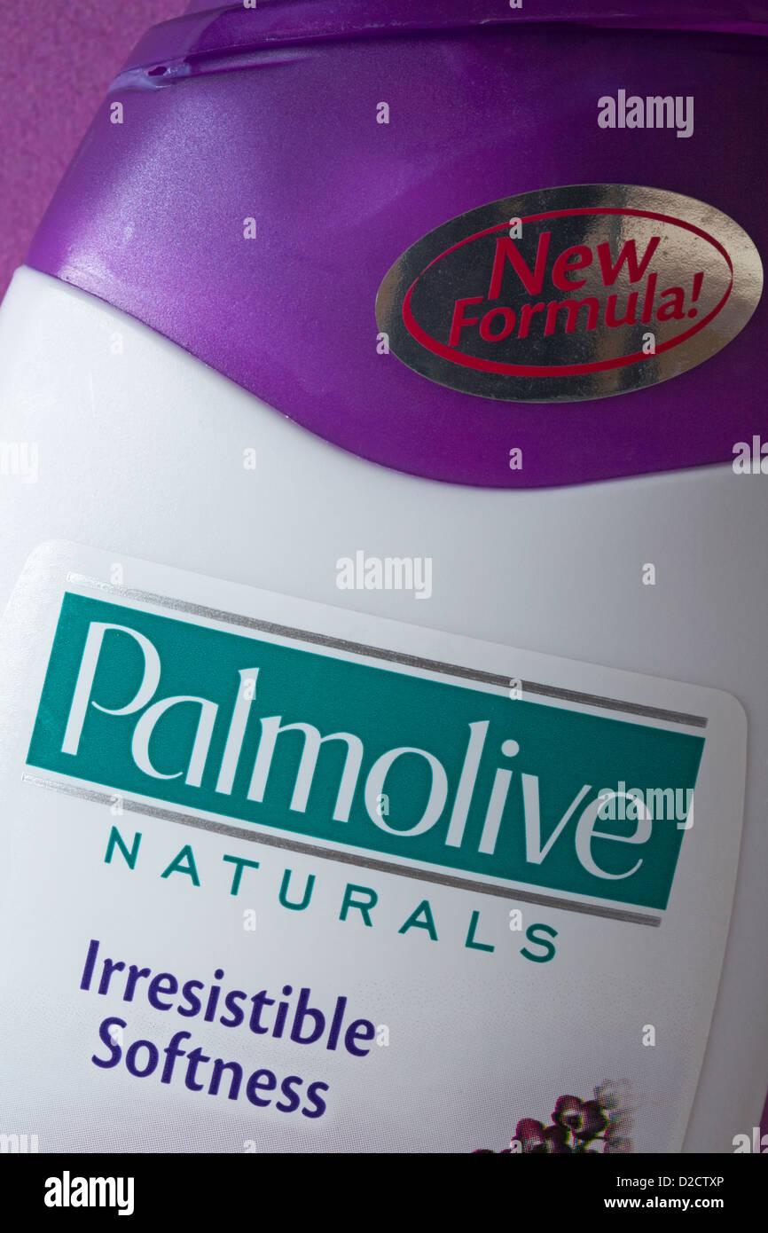 Bottiglia di Palmolive Naturals irresistibile morbidezza Immagini Stock