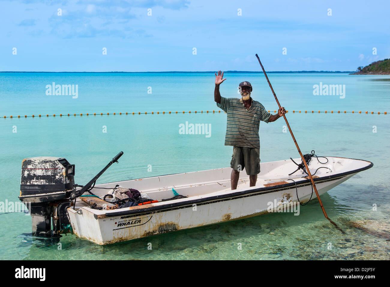 Bahamas, Eleuthera Island, pescatore in Rock Sound Village Immagini Stock