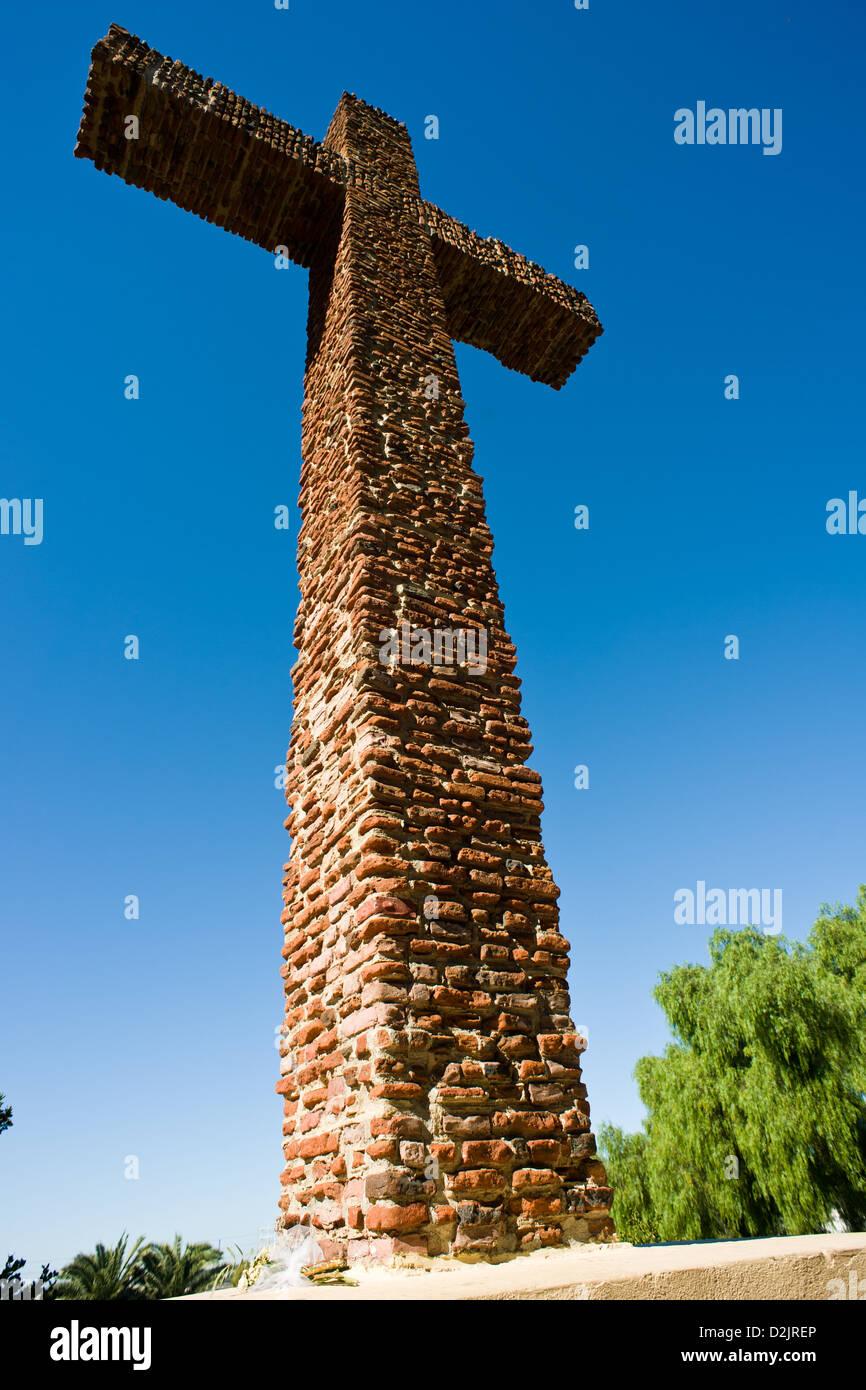 Il padre Cross in San Diego storico del parco di presidio Immagini Stock