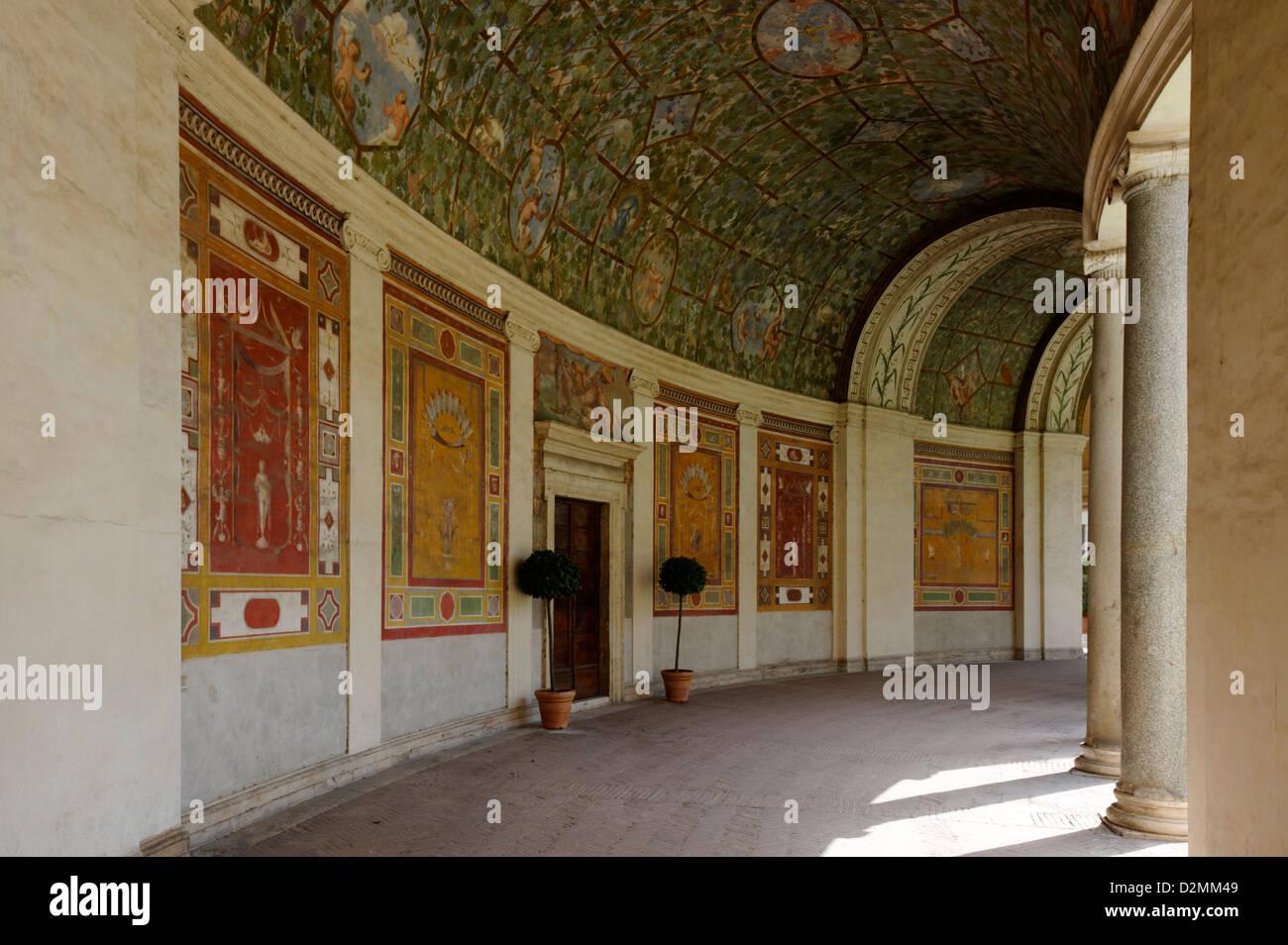 Decorazioni Per Soffitti A Volta : Villa giulia. roma. litalia. la sezione delle elaborate decorazione