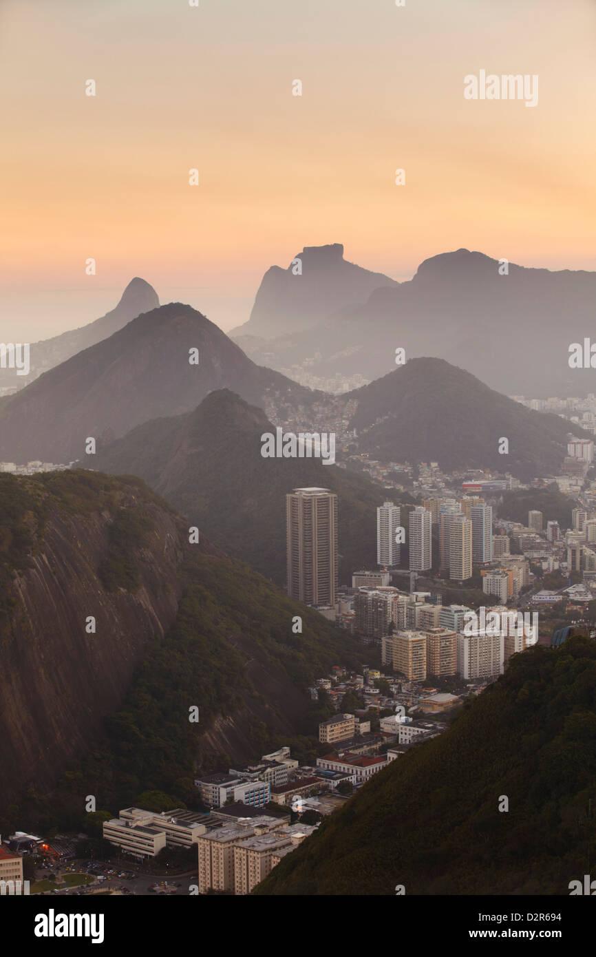 Vista di Urca e il Botafogo, Rio de Janeiro, Brasile, Sud America Immagini Stock
