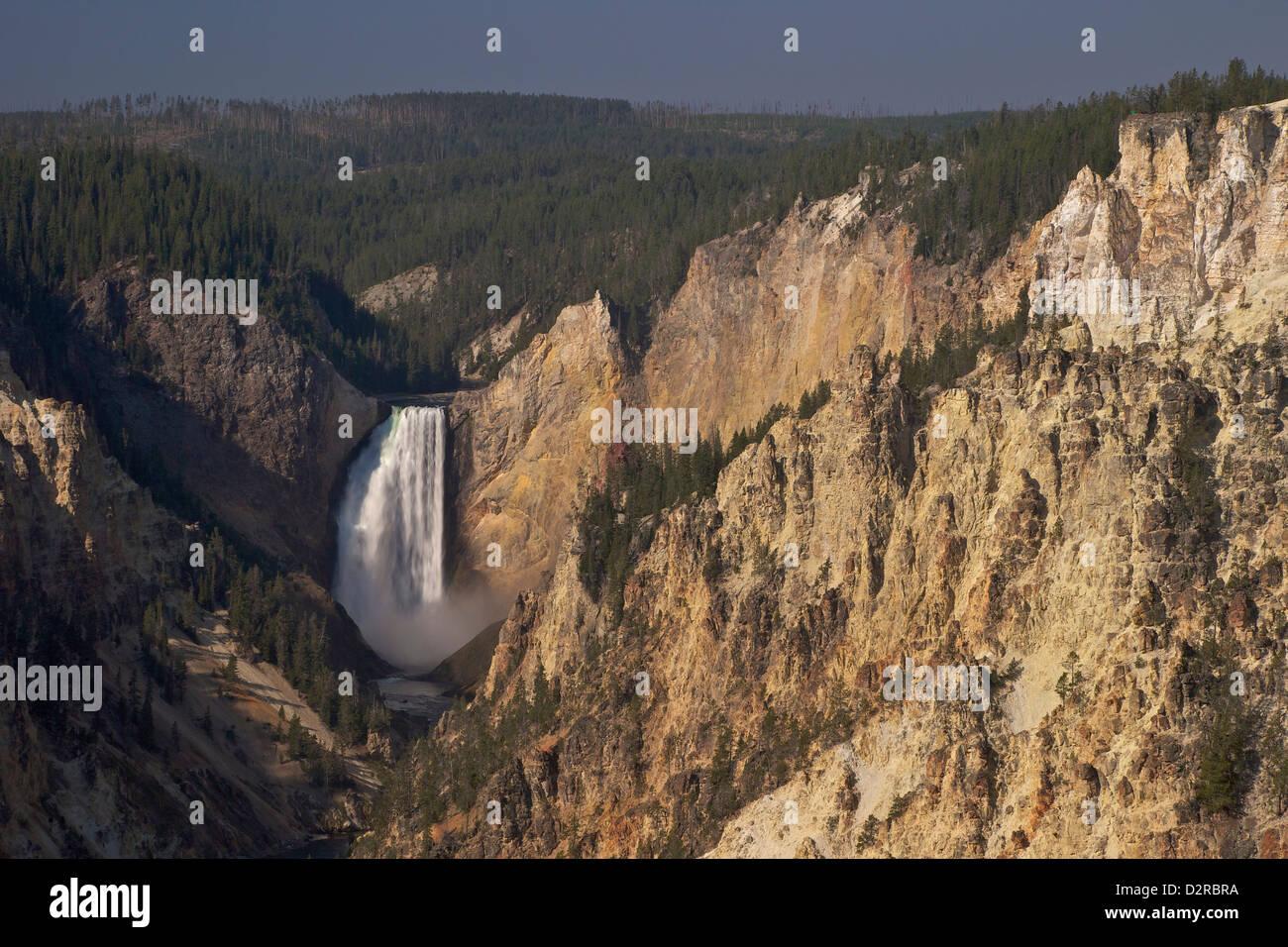 Le cascate Inferiori dal punto di artisti, il Grand Canyon di Yellowstone River, il Parco Nazionale di Yellowstone, Immagini Stock