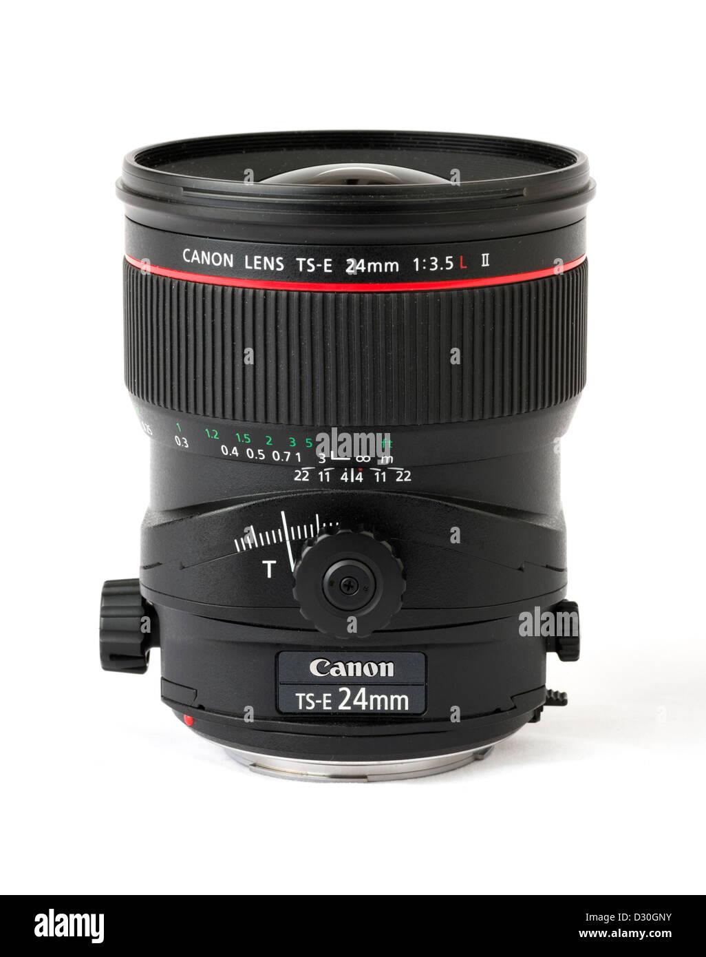 Una Canon TS-E 24mm f/2.5L II Obiettivo decentrabile Immagini Stock