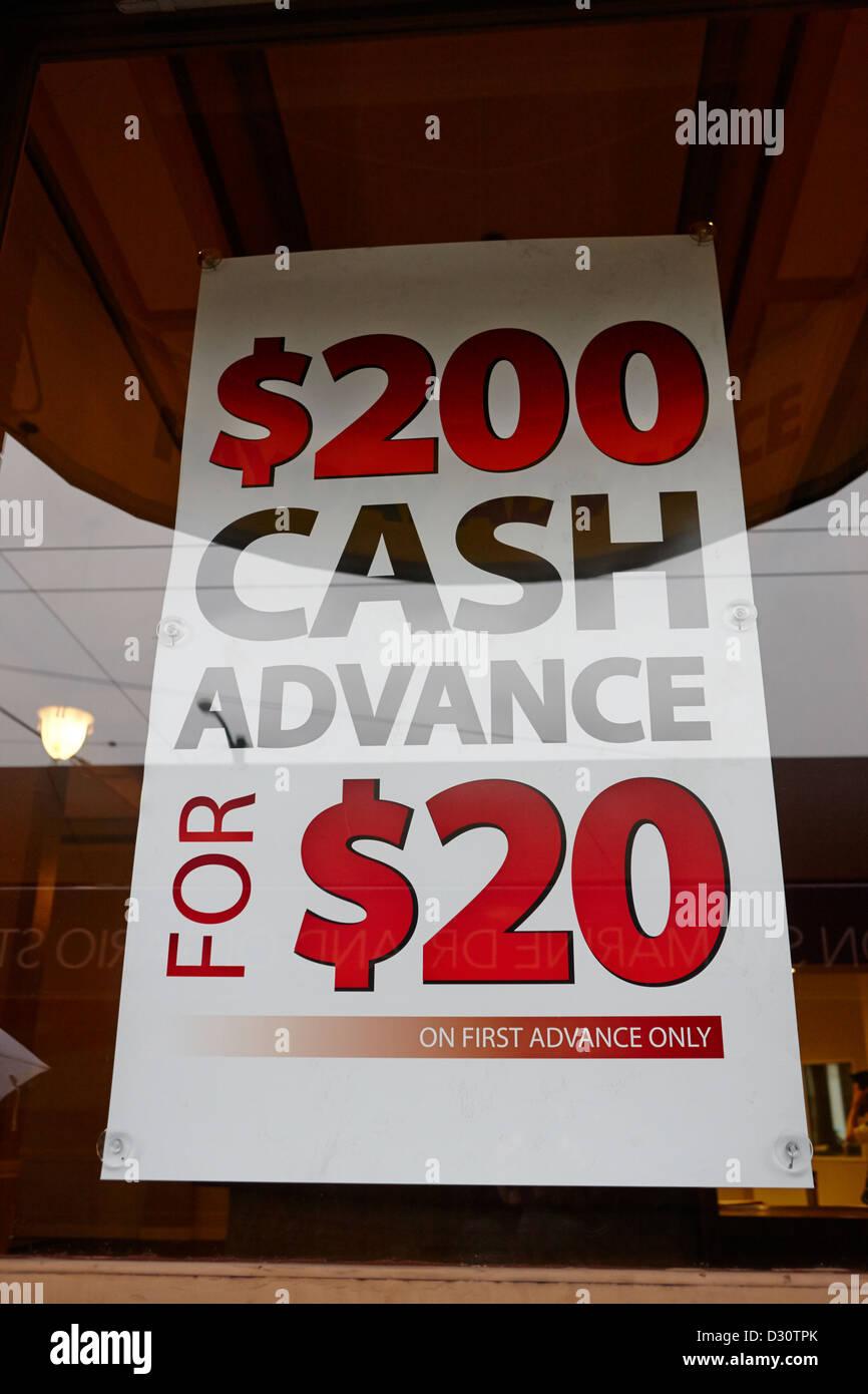 Pagamento in anticipo di dollari sign in prestito store window Vancouver BC Canada Immagini Stock