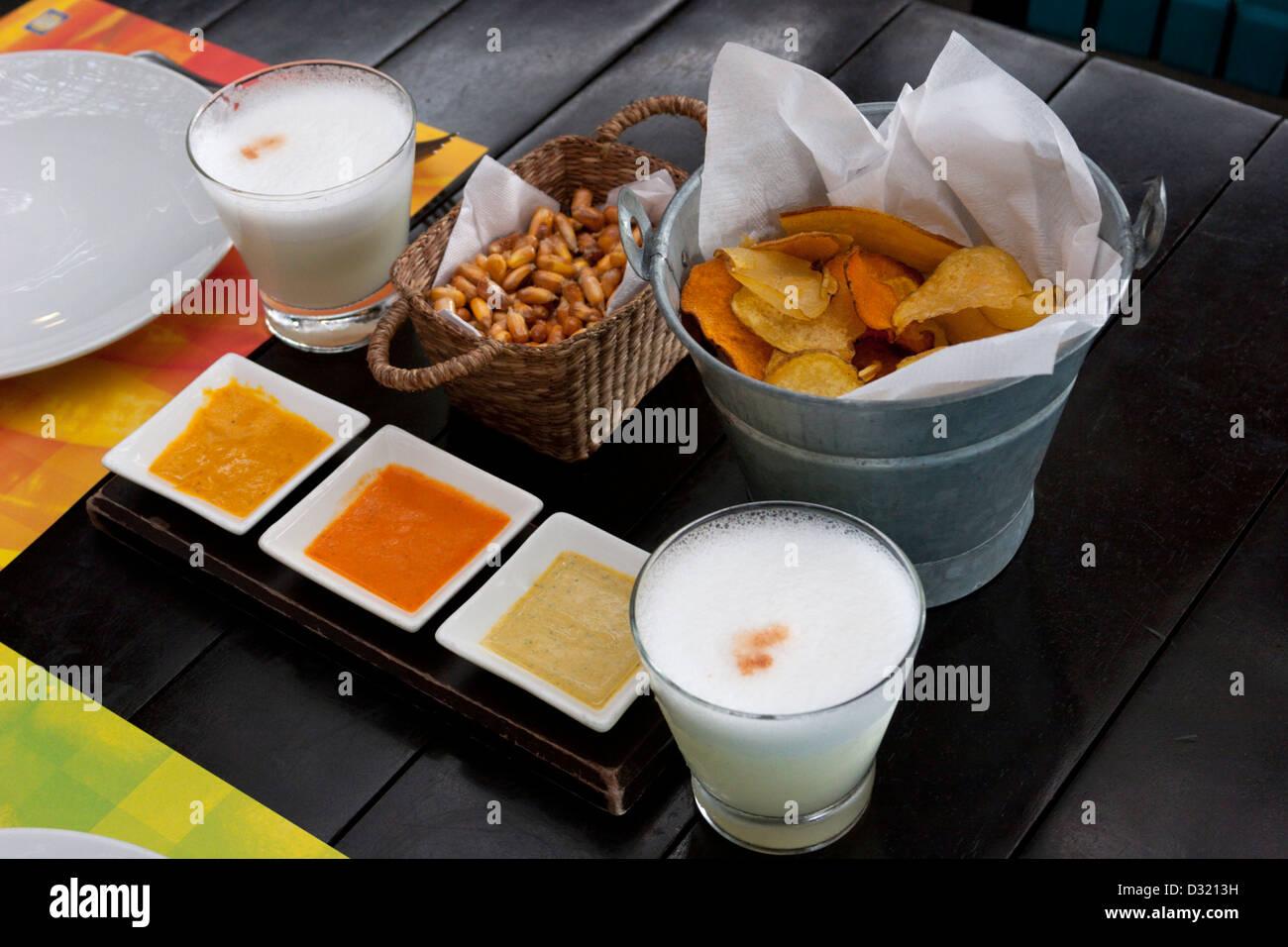Il brunch Lima Peru Pisco Sour la mar tapas bevande alimentari Immagini Stock