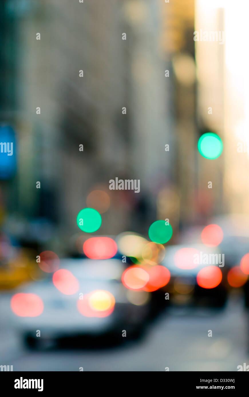 Abstract urban street scene con il traffico, New York City. Immagini Stock