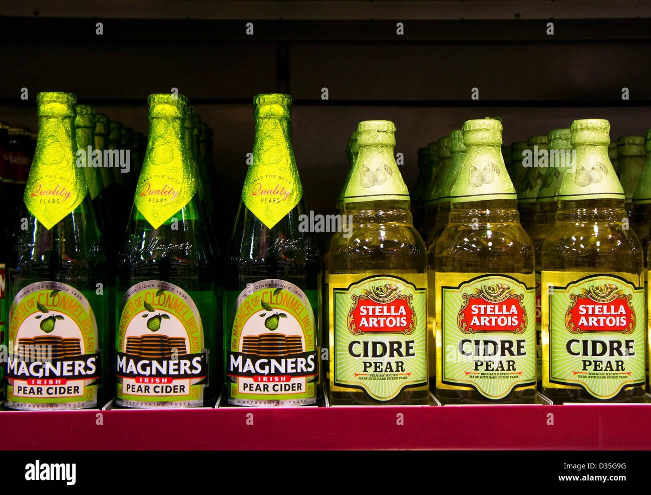 Bottiglie di sidro premium Immagini Stock