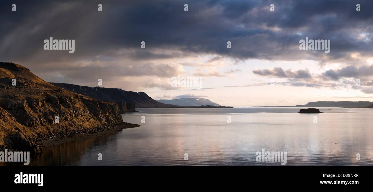 Ancora lago nel paesaggio rurale Immagini Stock