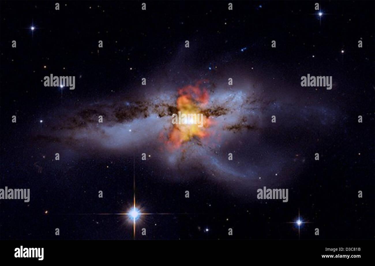 Buchi neri andare 'mano una mano' (NASA, Chandra, 10/06/09) Immagini Stock