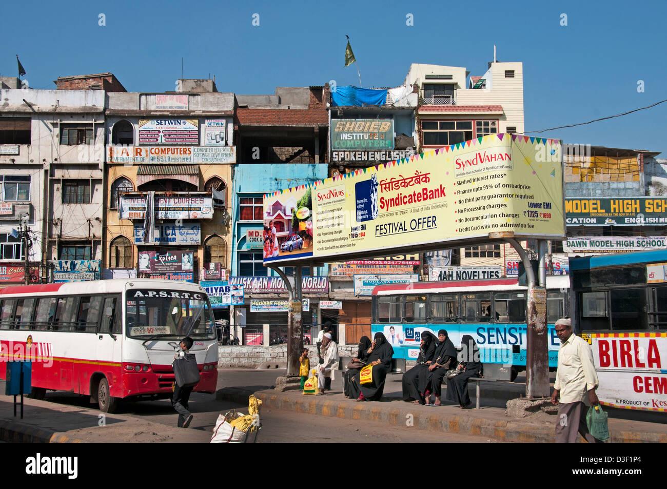 Hyderabad Stazione degli autobus del trasporto pubblico in India Immagini Stock