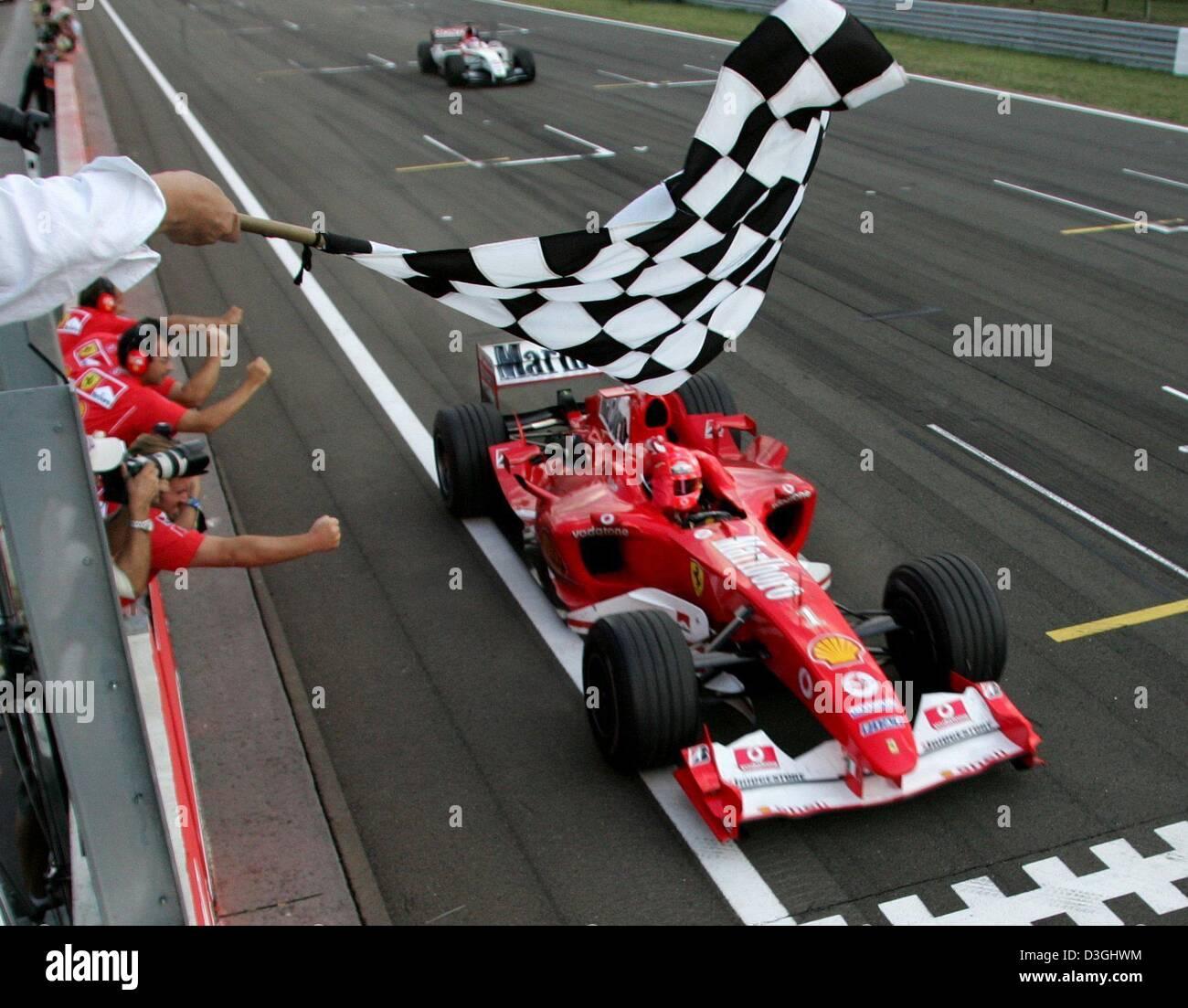 Circuito Ungheria : Dpa tedesco pilota di formula uno michael schumacher gare con la