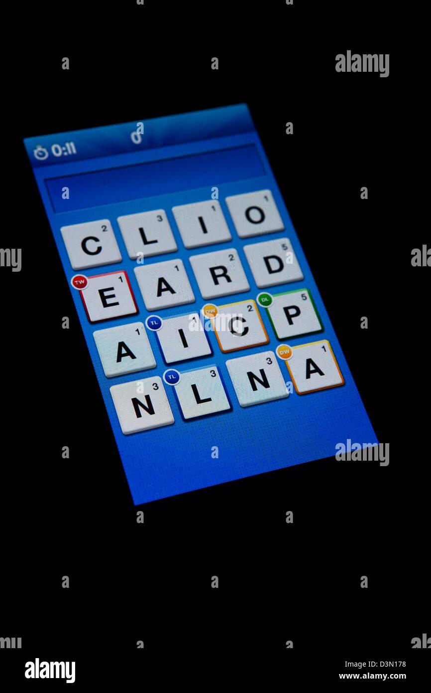 App Ruzzle Gioco Schermata Da Un Telefono Cellulare Su Sfondo Nero