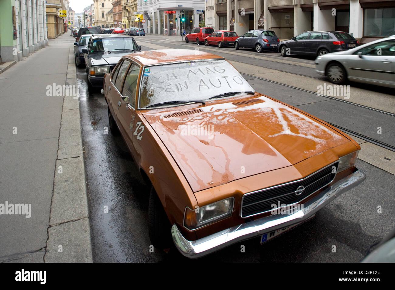 Vienna, Austria, simpatia per un vecchio Opel Immagini Stock