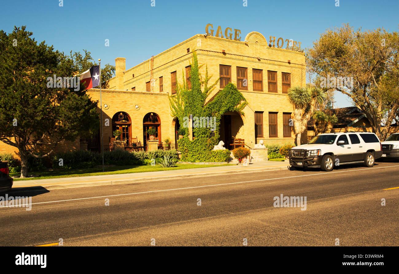 La Gage hotel e attrazioni adiacenti, maratona,TX Immagini Stock